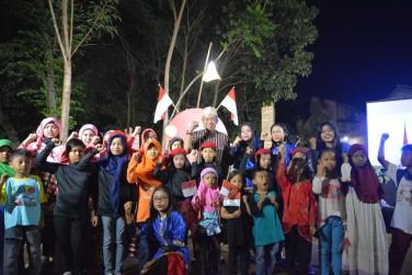 Tradisi Malam Tirakatan Tumbuhkan Semangat Persatuan