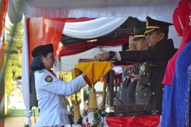 Upacara Penurunan Bendera Khidmat, Walikota Bersyukur Rangkaian HUT RI Berjalan Lancar