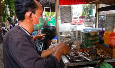 Wafel Jalan Sukonandi yang Manis dan Ekonomis