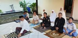 Cegah Penularan Covid 19, Walikota dan Wakil Walikota Yogyakarta Sholat Ied di Rumah