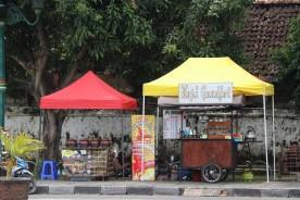 Kemantren Kraton Batasi Jam Berjualan di Alun-alun Selatan