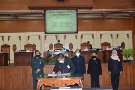 Walikota Tanda Tangani Persetujuan Bersama Perubahan APBD Tahun 2021