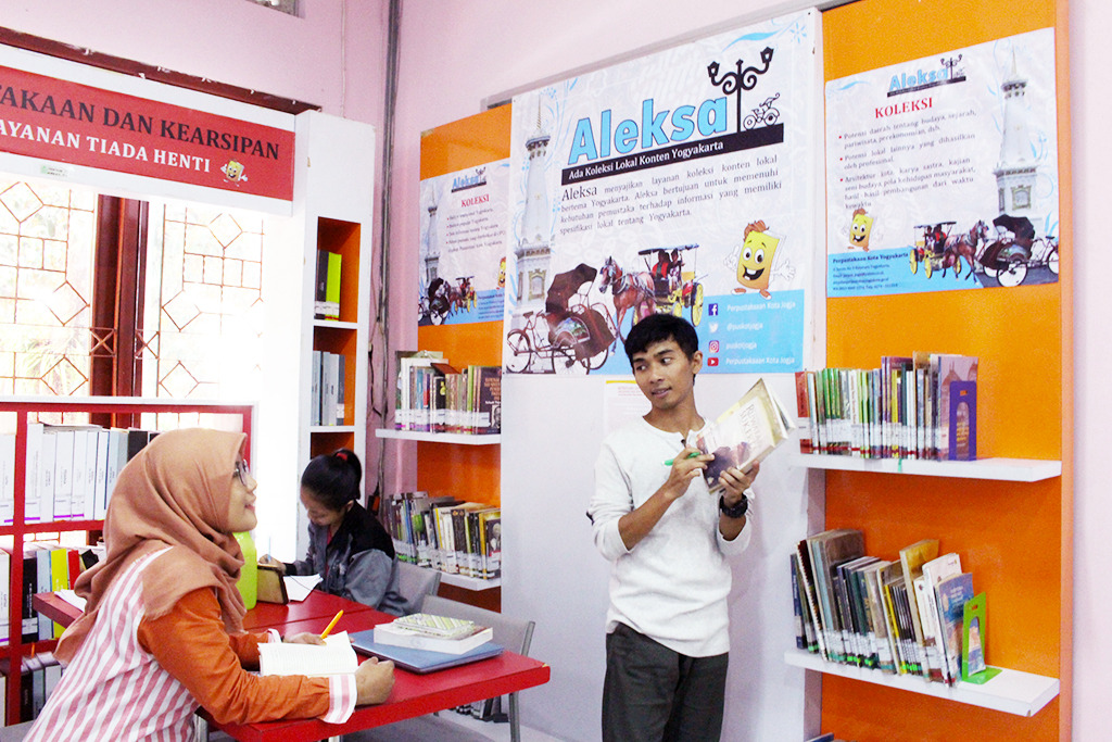 Aleksa Hadir di Perpustakaan Kota